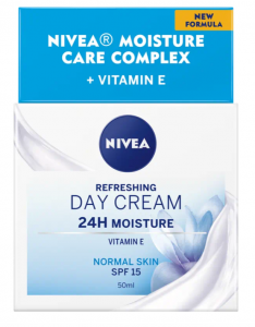 Nivea Ενυδατική Κρέμα Ημέρας με Βιταμίνη Ε SPF 15 50ml